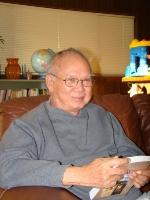 Nhà văn Nguyễn Mộng Giác năm 2009. (Hình hồ sơ VB)