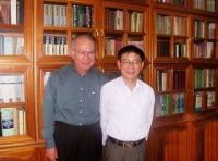 Tại nhà riêng của Nguyễn Huệ Chi ngày 1-10-2004